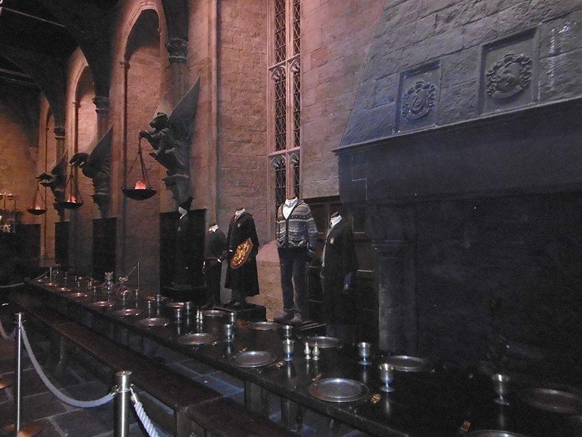 La grande salle au Studio Harry Potter de Londres.