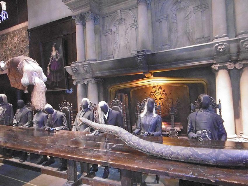 Scène des méchant et du serpents Nagini au Studio Harry Potter de Londres.
