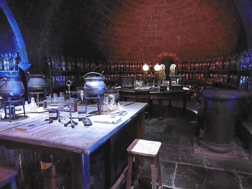 Salle des potions au Studio Harry Potter de Londres.