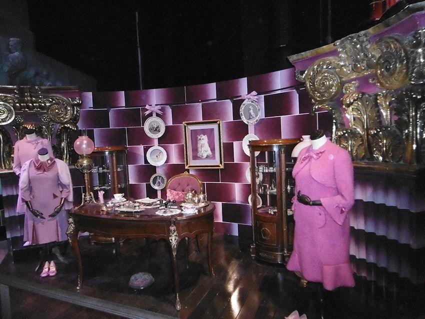 Tenues de Dolores Ombrage au Studio Harry Potter de Londres.