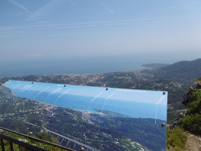 Point de vue depuis le village de Sainte-Agnès.