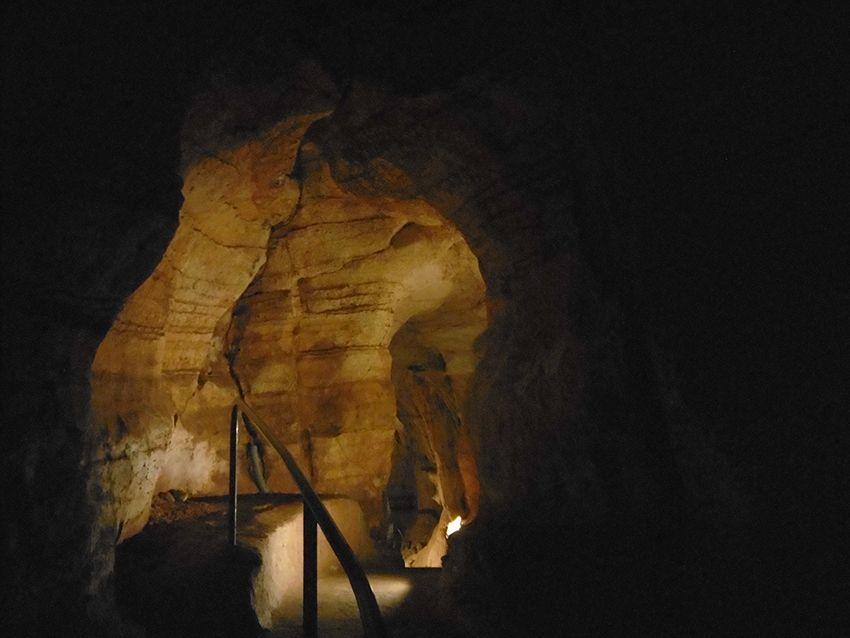 Intérieur souterroscope, grotte de la Baume Obscure.