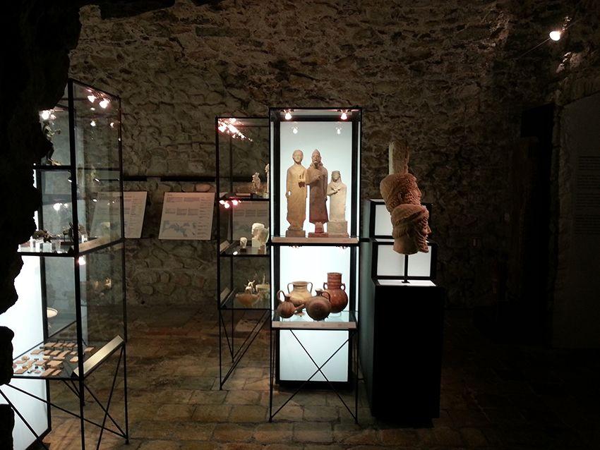 Ethnologie au musée de la Castre à Cannes.