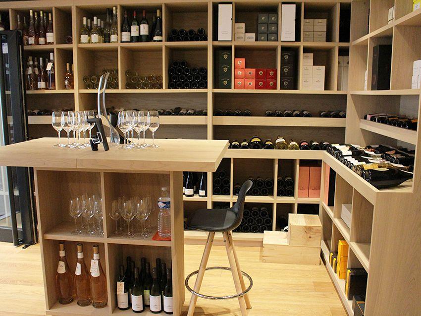 Cave à vins, champagne et spiritueux Flacons Divins à Antibes.