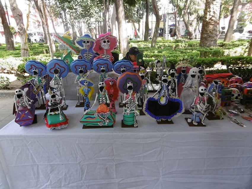 sculptures squelettes dia de muertos à Mexico