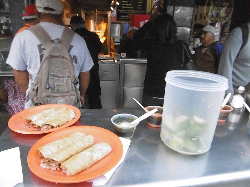 Tacos al pastor de el huequito à Mexico.