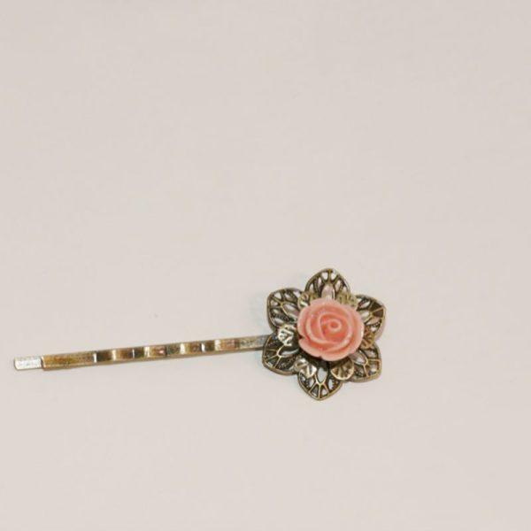Mini barrette fleur rose crème nude épingle cheveux métal bronze par Divine et Féminine.