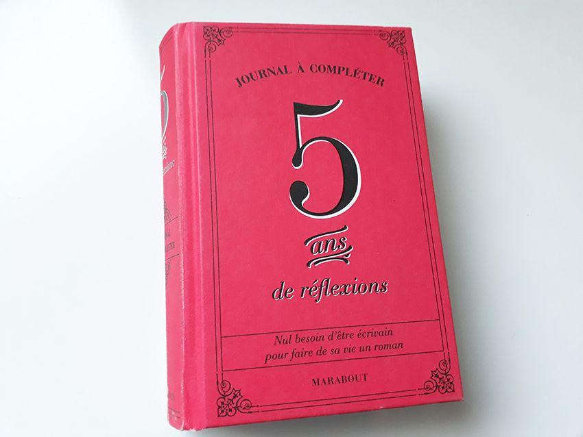Livre 5 ans de réflexions journal à compléter des éditions Marabout.
