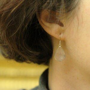 Boucles oreilles quartz rose par Divine et Féminine.