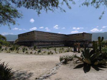 Temple de Mitla, la cité des morts, au Mexique.