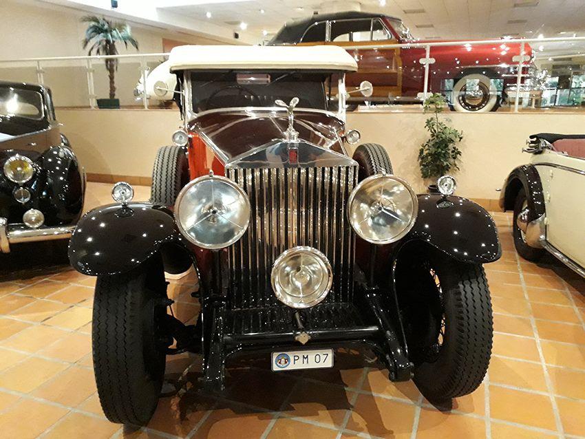 Rolls Royce du musée de l'Automobile à Monaco.