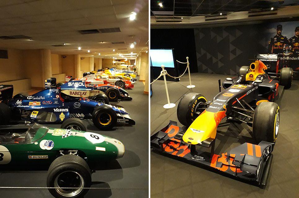 Voitures de courses et de rallyes dans le musée de l'Automobile à Monaco.