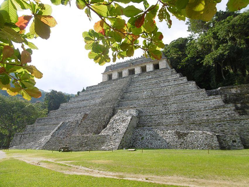 Temple des inscriptions tombeau du roi Pacal à Palenque au Mexique.