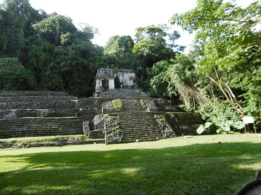 Temple du crane à Palenque au Mexique.