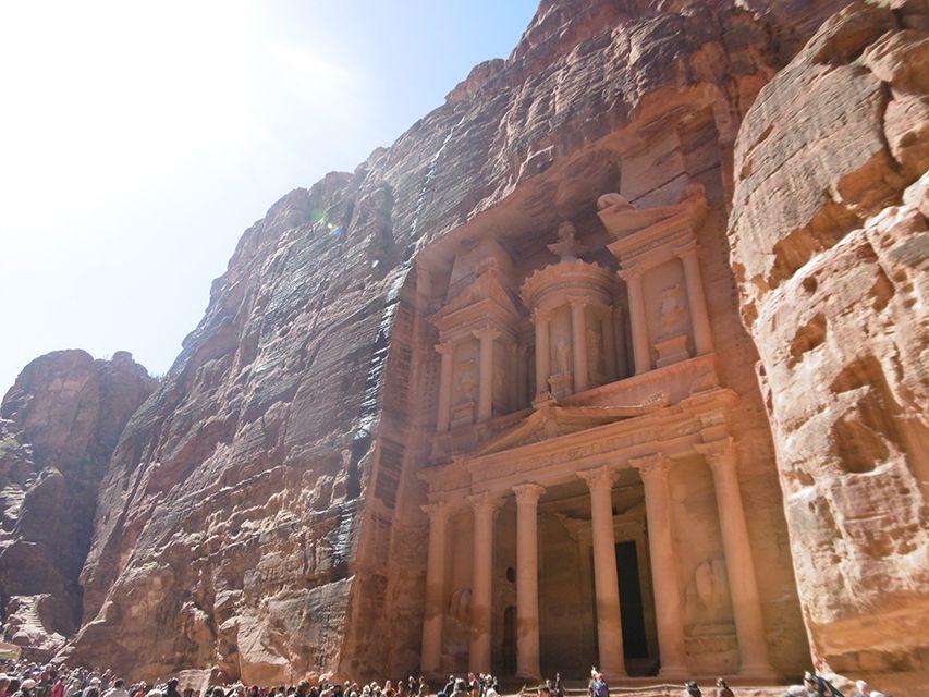 Al-khazneh ou le trésor de Petra en Jordanie.