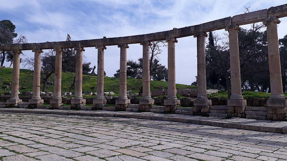 Colonne du forum de Jerash en Jordanie.