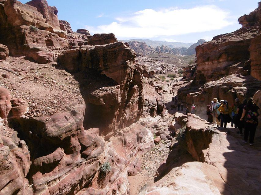 Petra en Jordanie, route pour le monastère.