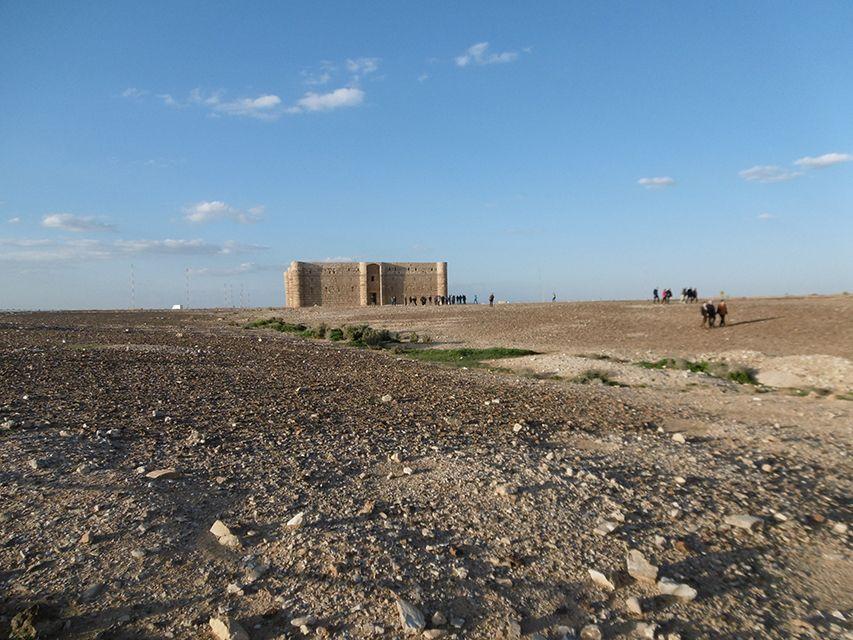 Qasr Al-Kharaneh, château du désert en Jordanie.