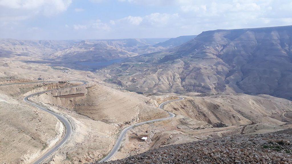 Wadi Mujib le grand canyon de la Jordanie.