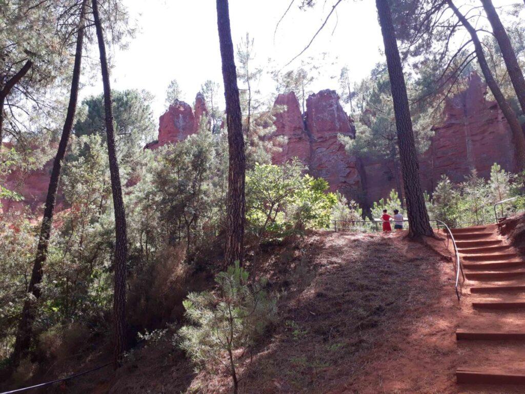 Sentier des ocres du Roussillon.
