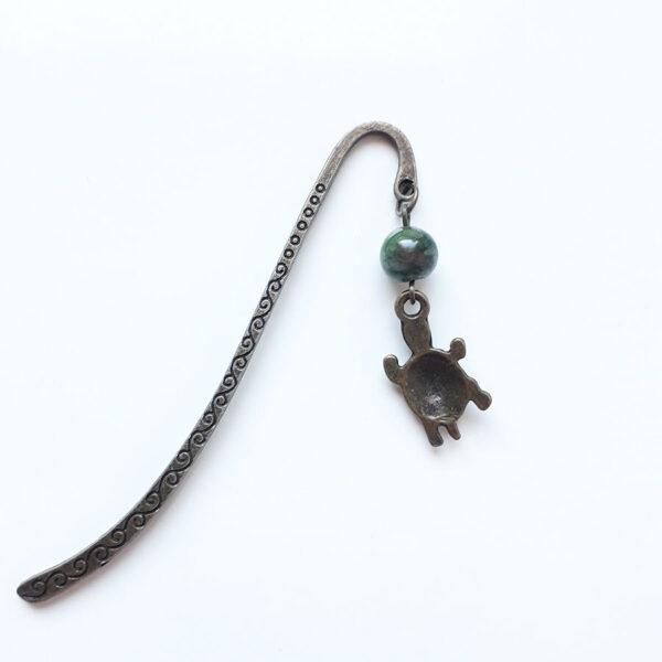 Marque page signet tortue en laiton couleur bronze par Divine et Féminine.