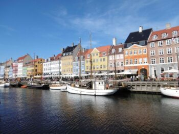 Nyhavn charmant port de Copenhague.