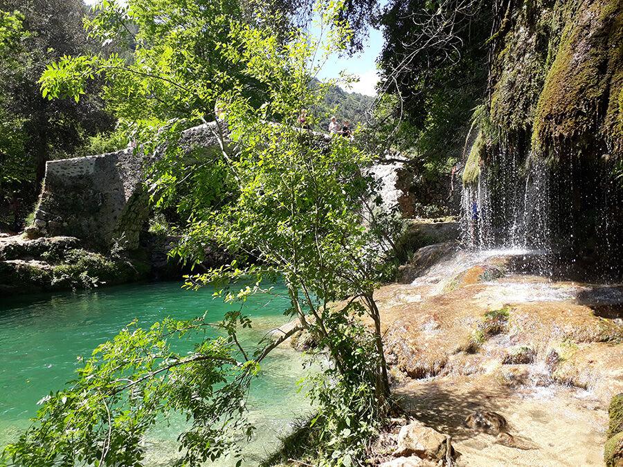 Cascades, chute d'eau dans les Gorges de la Siagne.