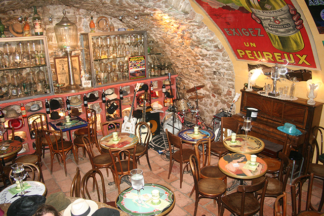 L'absinthe bar d'Antibes