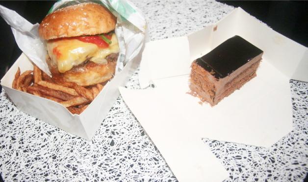 Burger le Big et Royal au chocolat du vieux taco à Antibes