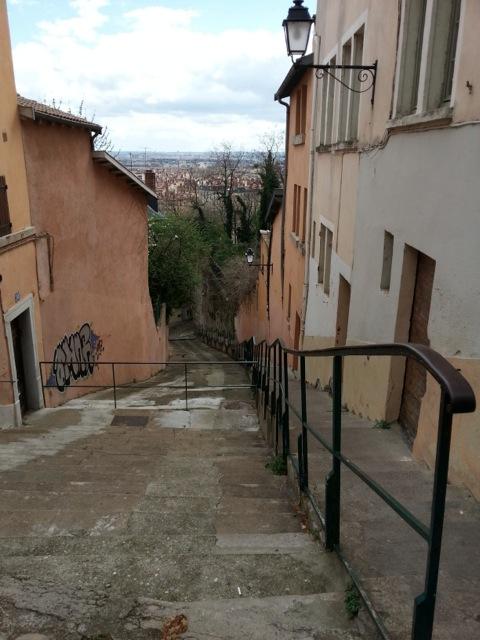 Visiter Lyon en 2 jours, montée colline de Fourvière