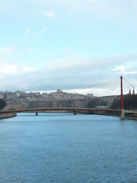 Visiter Lyon en 2 jours, la passerelle du palais de justice
